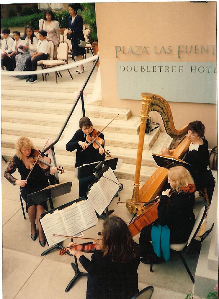 string-quartet-with-harpist