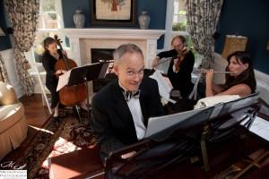 Pianist Eric Zimmermann and the Elegant Music Quartet