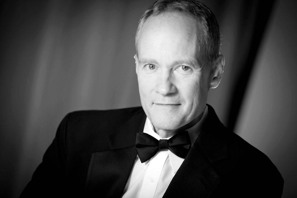 Pianist Eric Zimmermann Elegant Music