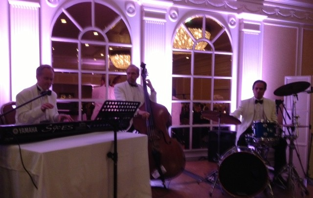 Elegant Music Jazz Trio plays dinner music @ Fairmont Hotel Wedding Santa Monica