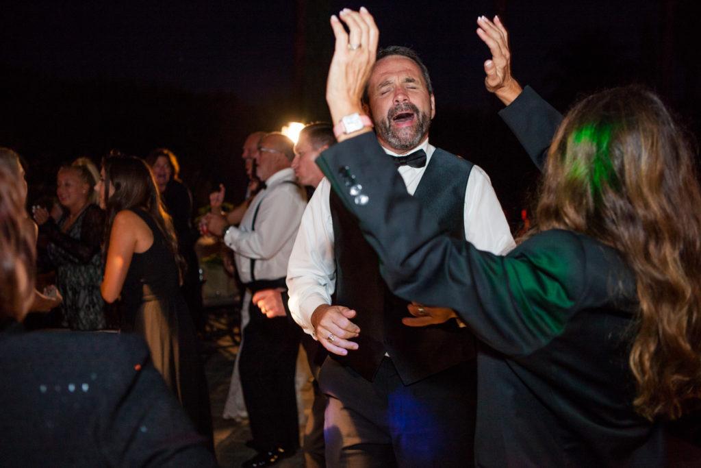 greek-dance @ Villa Sancti Di Bela Vista DJ/Master of Ceremonies Eric Zimmermann