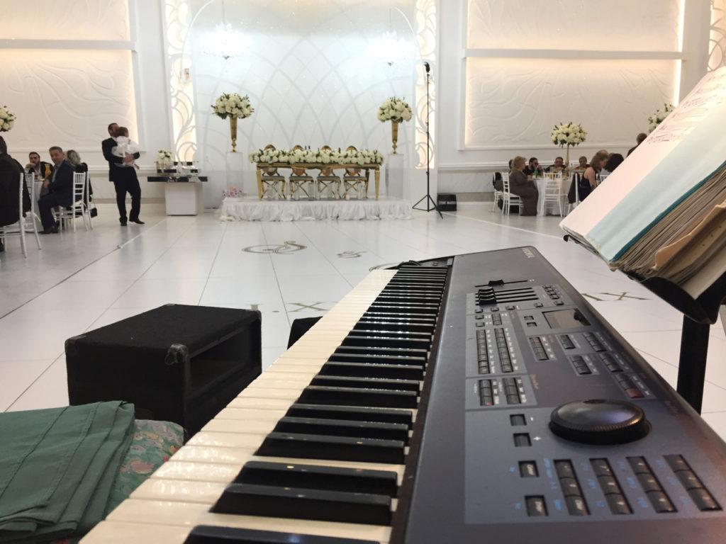 @elegantmusic_official, #armenianfood, #Armenianwedding, #firstdanceidea, #losangelesDJ, #losangelesMC, #losangelesmusic, #losangelesparty, #losangeleswedding, #quartetlosangeles, #tujungaweddingmusic, #weddingceremonymusic, #weddingidea, #weddingpyrotechnics, #weddingreceptionmusic, Elegant Music Quartet, Eric Zimmermann, Great Cesar Banquet Tujunga